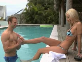 Amy reid sex in pool