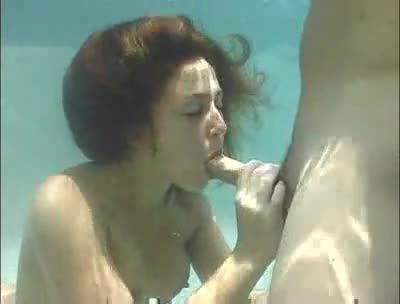 Blowjob in the water