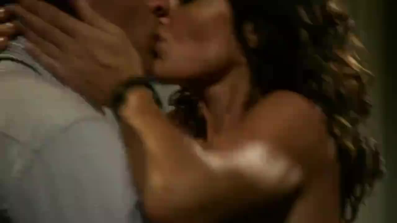 Kit willesse and ana alexander femme fatales lesbian scene - 1 9