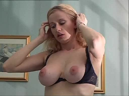 Lisa lampanelli boobs naked