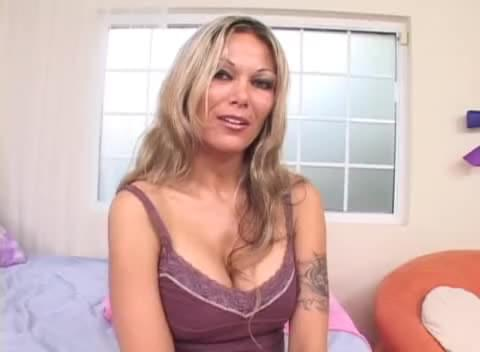 Sex with white mom