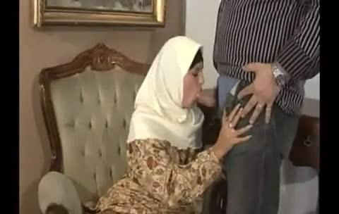 Persian muslim girl sucks short 3inch oriental irani dick 1