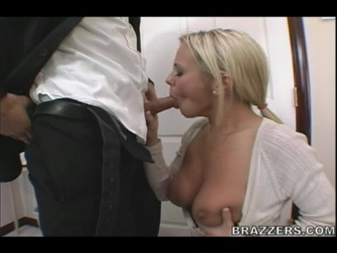 Ashlynn Brooke - Pornstar page -