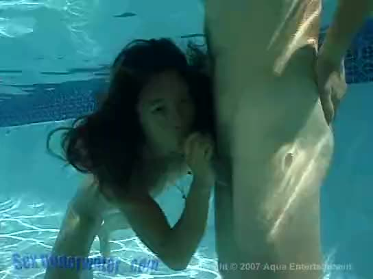 Underwater blowjob tube have