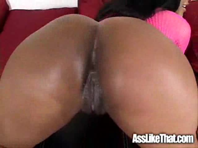 Hot girlfriend swallows thick white jizz 2