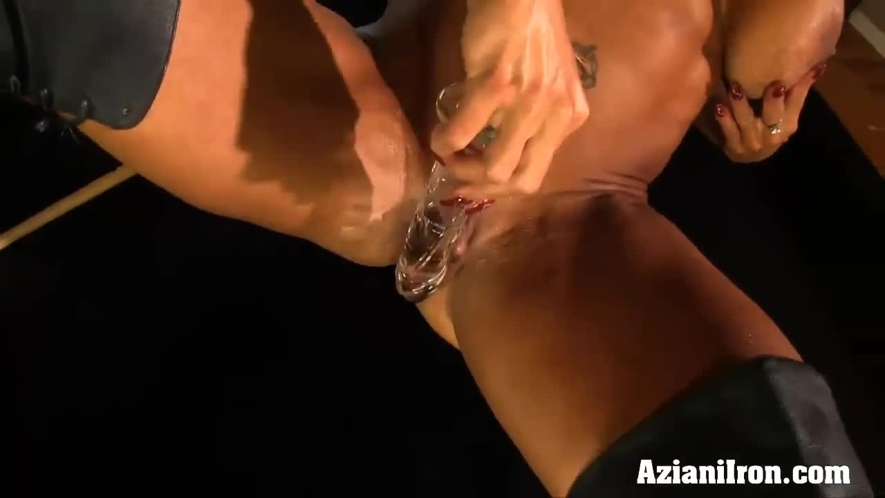 She's female bodybuilder clit fucking dick