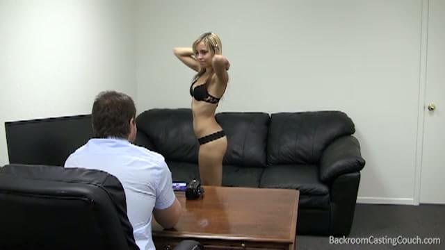 nude strip girl