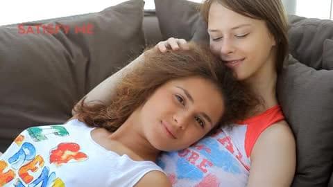 Beata Undine & Klara aka Amanda Lesbian 2