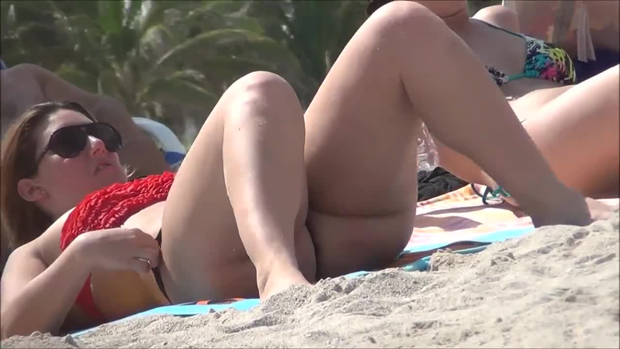 Pawg On The Beach