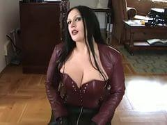 Blowjob lady the Swallow: 24,670