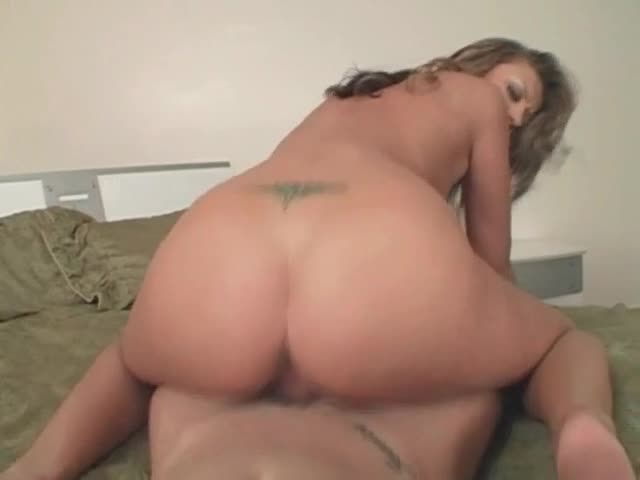Bubble butt reverse cowboy sex clips