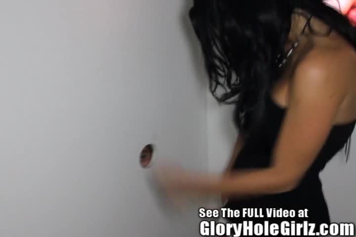 Gloryhole girlz nicky girl sucking screwing