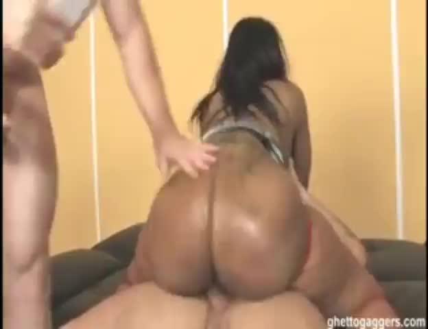 Fat black ass rides cock