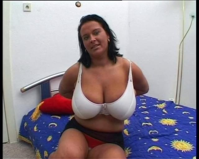 Mature Big Tits Outdoor