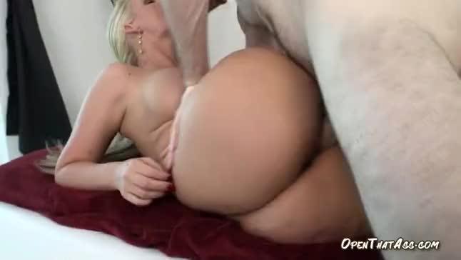 hot girl sexy naked feet
