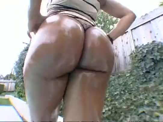 Big butt smashdown