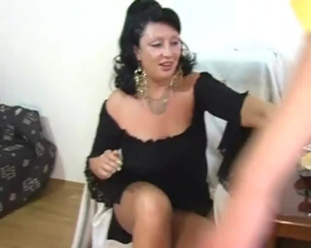 Chubby huge tit mature come forum