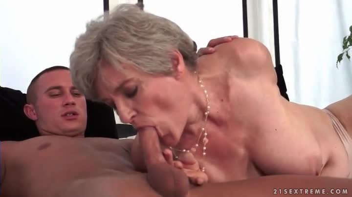 Bj loving euro amateur giving head 1