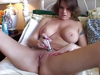 Do pornstars shave or wax