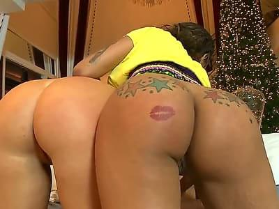 Jessica taylor and eva marie nude