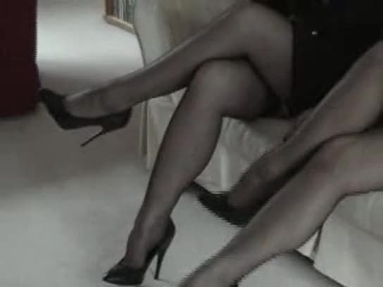 Fully Fashioned Stockings - Nylon Dreams