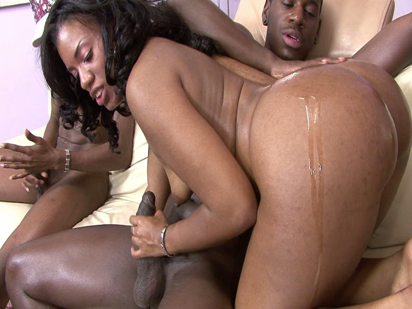 Pretty Black Girl Threesome