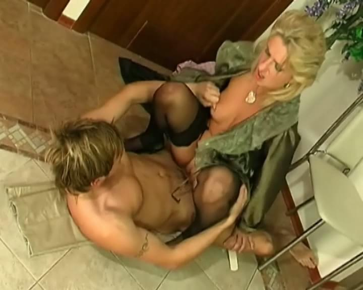 Get my wife to fuck