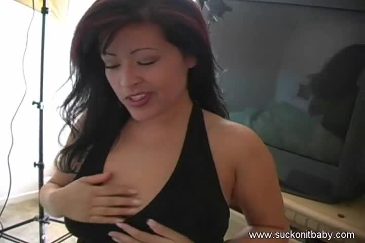 Boobsy Does Tremendous BJ With Cumshot