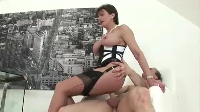 Zit like bump on penis shaft