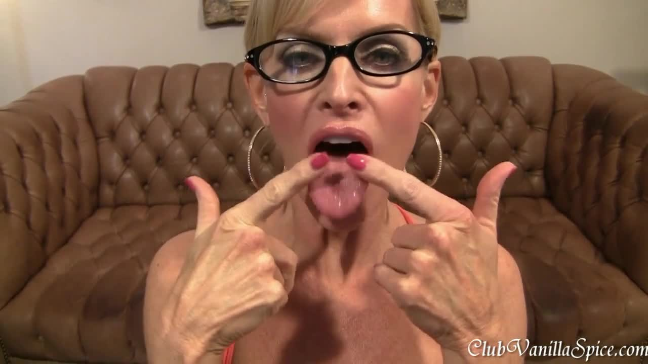whore Milf cum