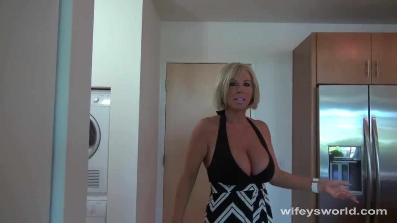 Blonde Milf Bikini Fuck