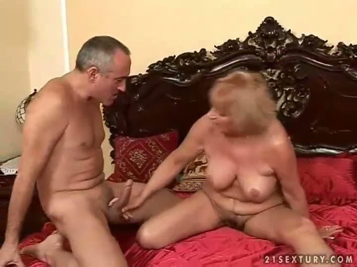 Sexy but naked nurs