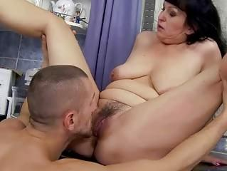 Squirting orgasms video