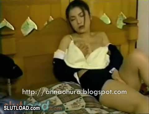 Anna babe busty ohura shower take