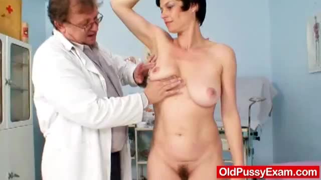 Adriana visiting gyno doctor for real pussy gyno exam 9