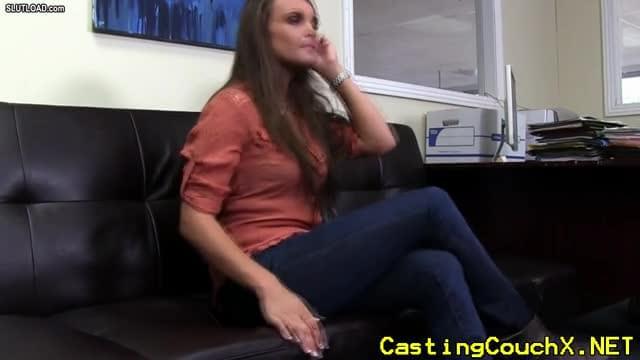 castingcouch-hd - latina Nägel ihr Vorsprechen -