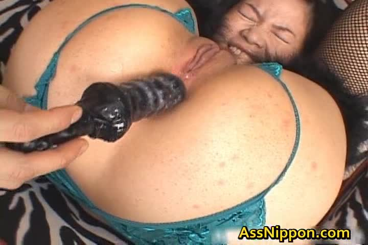 All her pussy huge chiharu enjoys sakura more detail