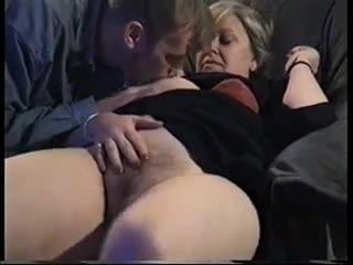 Amateur mom masturbates