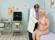 This chubby blond mom just turned fifty. This woman doctor enjoys inserting gyn tools and his fingers in elder pussy moreover in hairy pussy. He prefers to exam hairy pussy instead of shaved pussy.