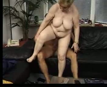 Mature chubby sucking and fucking fun