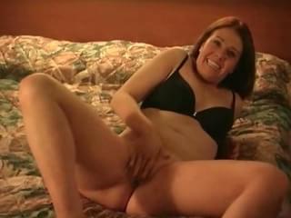 Chubby wife love to fuck