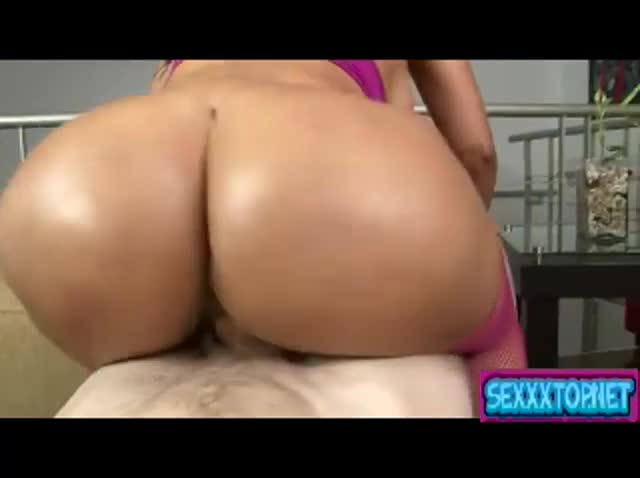 Porn cock huge and shaking anal