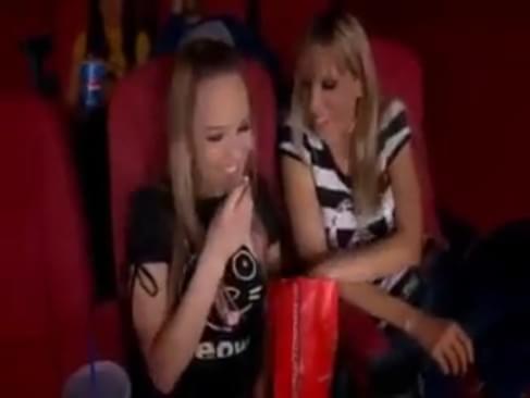 Cinema Lesbian 24