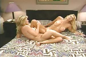 Best friends try lesbian sex