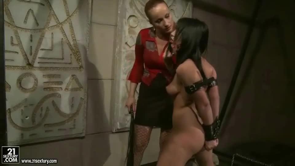 Mistress Girl Slave Bondage