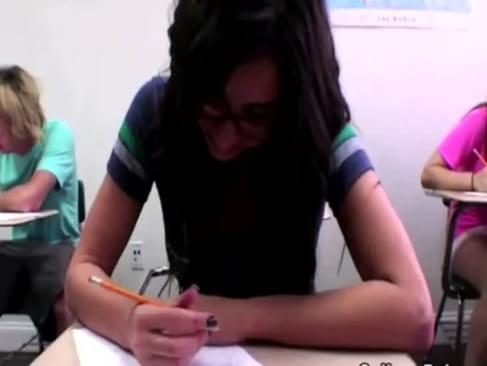 girl gets fingered in class