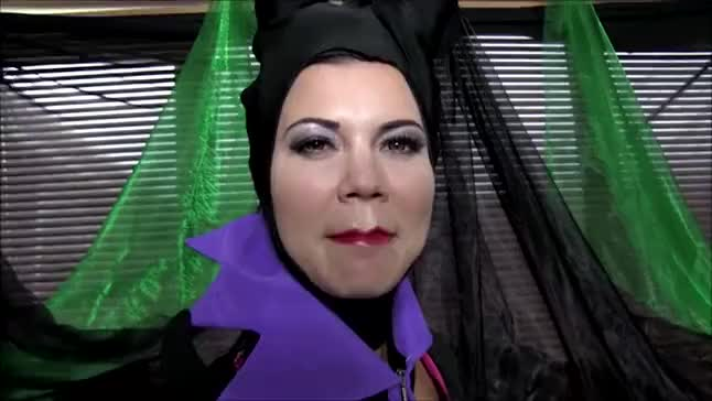 Cosplay Babes Maleficent Playing Solo Free Mobile