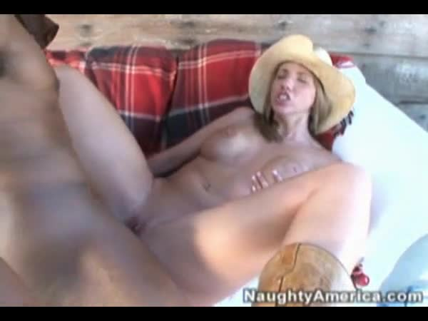 Country girl has sex
