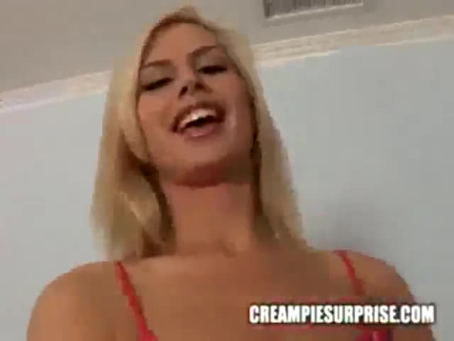 Tara Lynn Foxx con los sus pies y un negro - Pornes