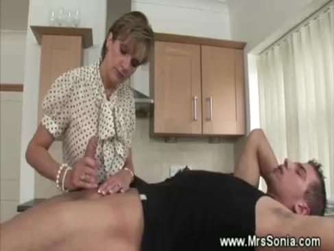 Cuckold Watches Wife Suck As His Straddles